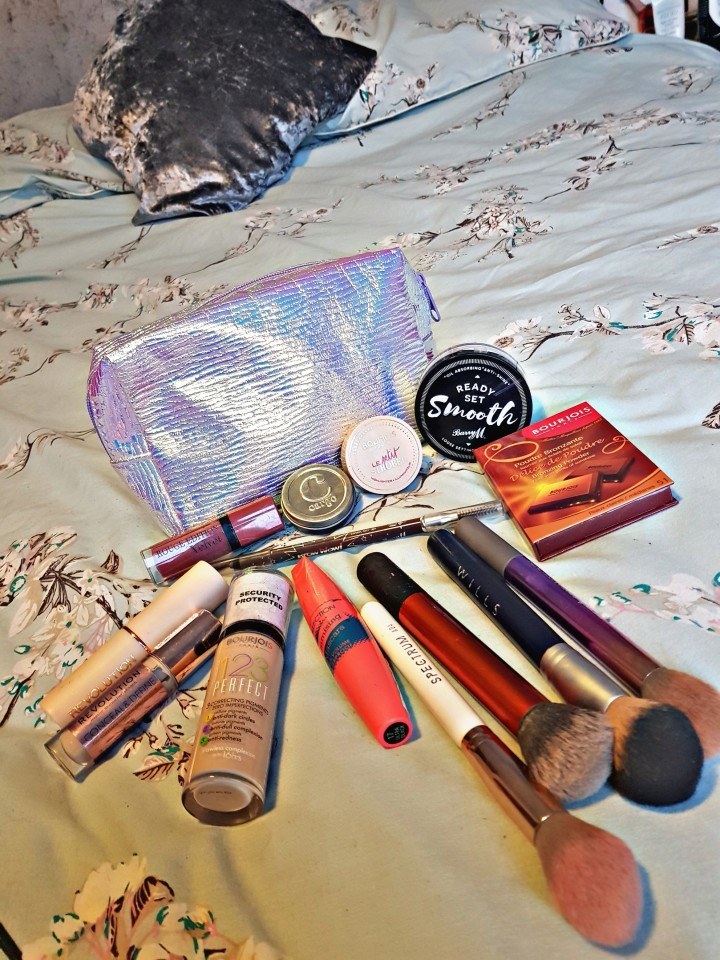 What's in my makeup bag?  – May2018